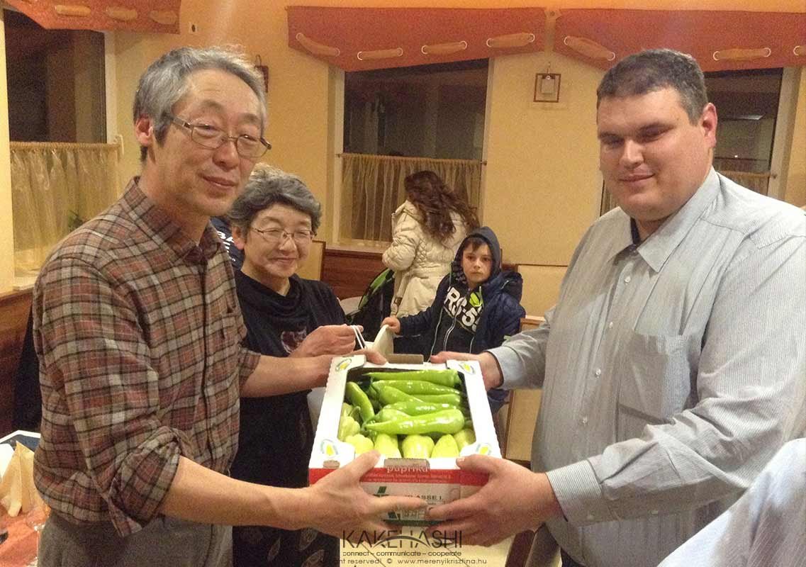 István Oltyán, who works for Szentes Agrár Zrt company gives his present-Hungarian paprika-to the Japanese gardeners
