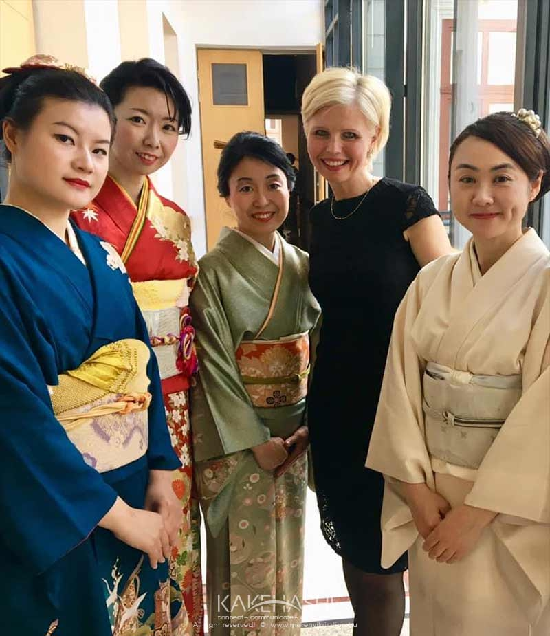 with Japanese artists on their appearance in Budapest